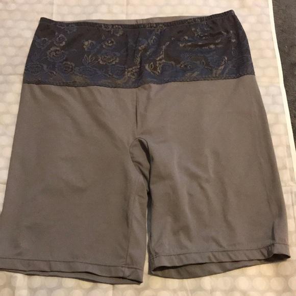 432d1e97b5345 Torrid spanx shorts. M 5b1db651409c15ffbdb6c853